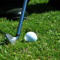 golf chipping